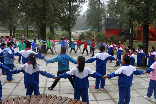 红领巾训练营里,朗悦学校少先队员展少年风采