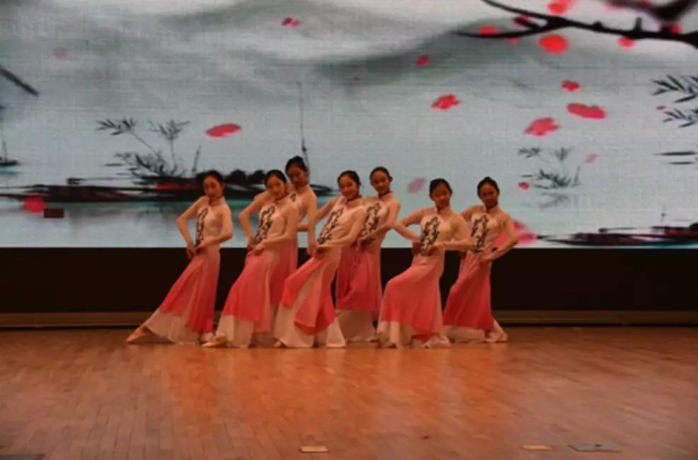 北京十二中校园艺术节开幕啦!赶快报名!