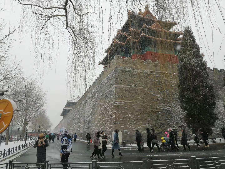 家校社共育探索过有意义的假期——北京十二中本部初一(四)班家委会寒假工作小记
